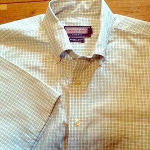 Vineyard Vines white/green short sleeve shirt